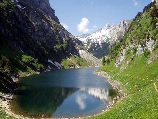 alpine-879_640.jpg