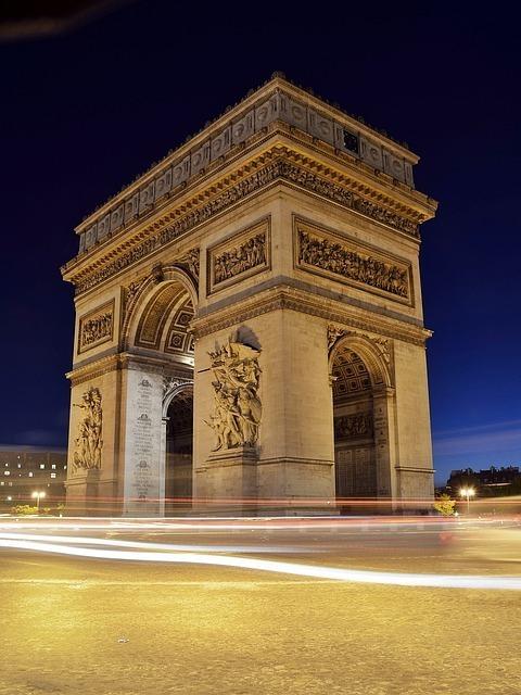 arc-de-triomphe-101632_640.jpg