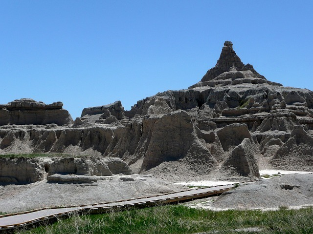 badland-national-park-56432_640.jpg