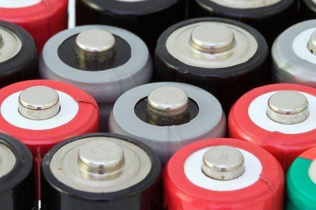 battery-1821_640.jpg