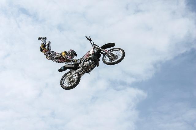 biker-384921_640.jpg