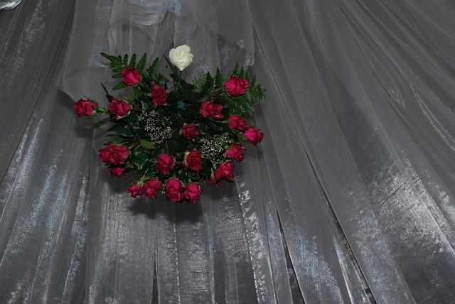bridal-22299_640.jpg