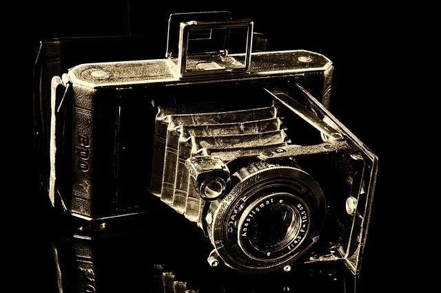 camera-188083_640.jpg