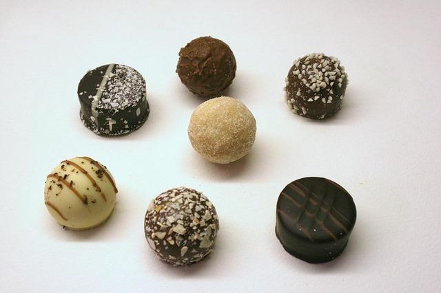 chocolates-1142_640.jpg