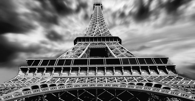 eiffel-tower-1784212_640.jpg