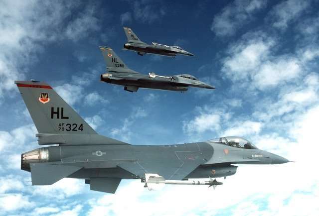 fighter-jets-1020_640.jpg