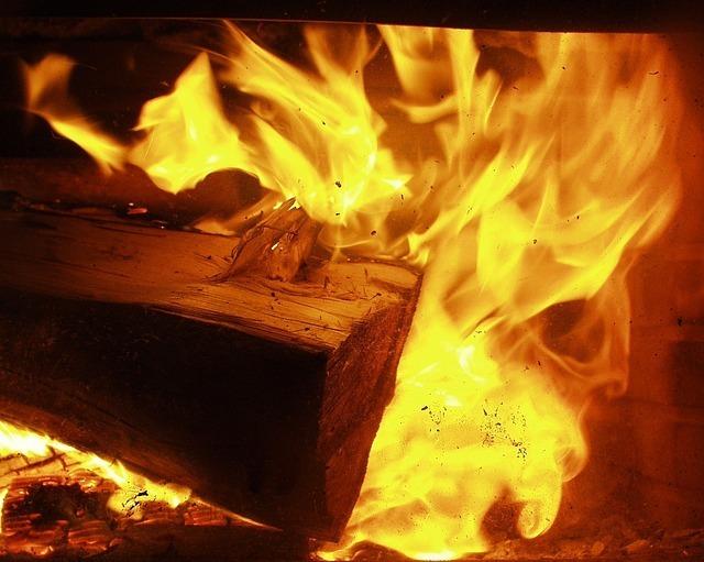fire-57793_640.jpg
