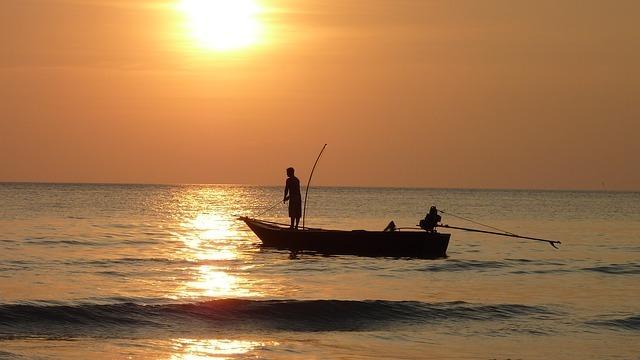 fisherman-209112_640.jpg