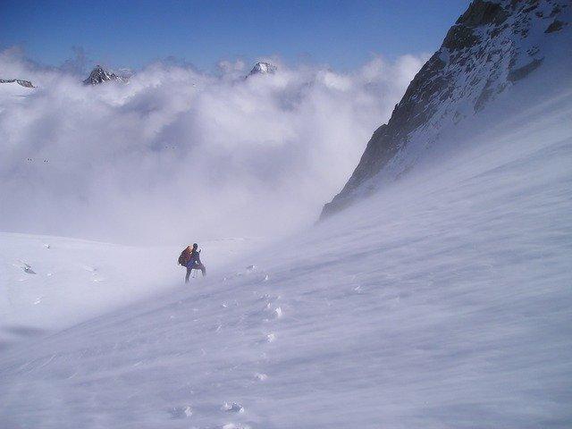 high-mountains-957_640.jpg
