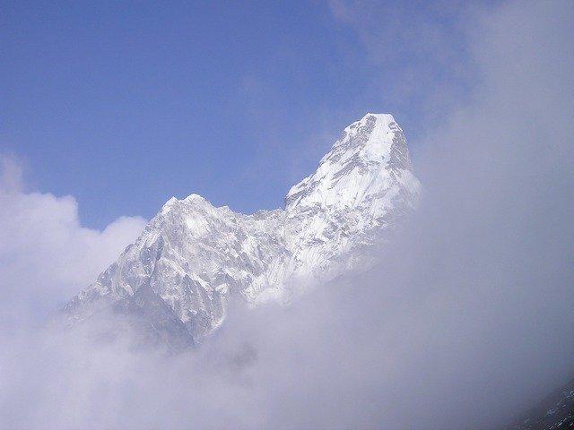himalayas-407_640.jpg