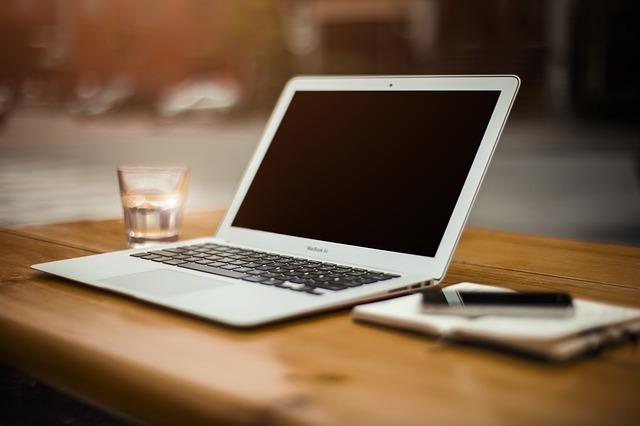 home-office-336373_640.jpg