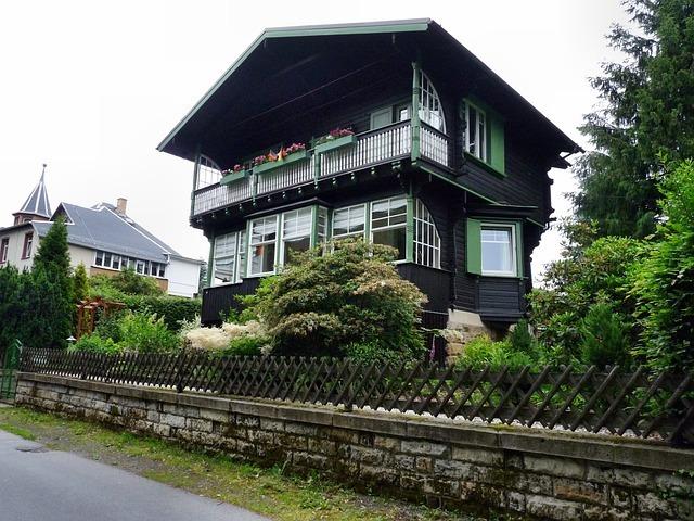 house-54902_640.jpg