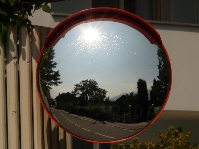 mirror-676_640.jpg