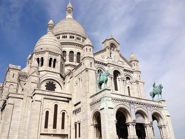 sacre-cur-basilica-286428_640.jpg