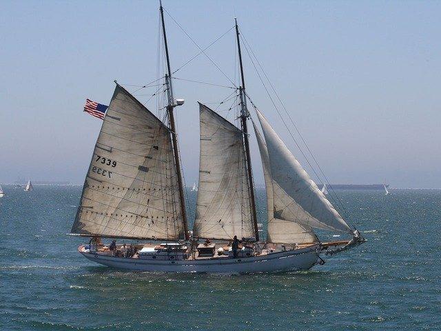 sailboat-2253_640.jpg