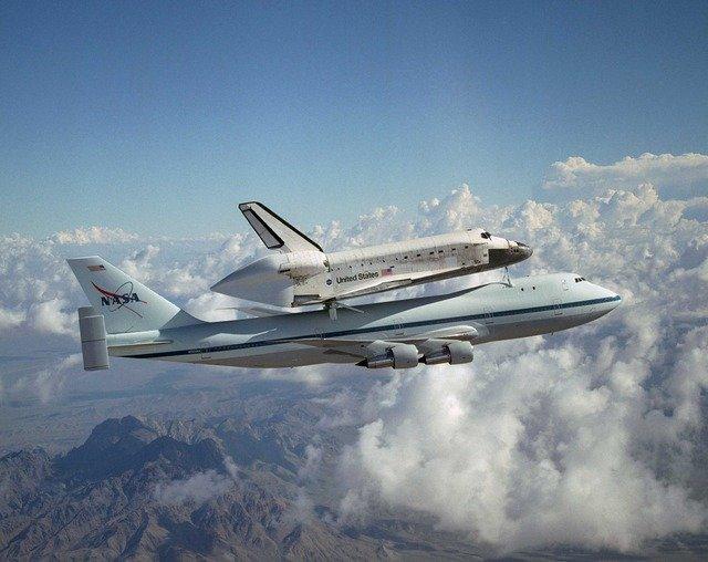 space-shuttle-987_640.jpg