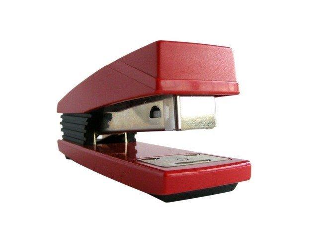 stapler-2479_640.jpg