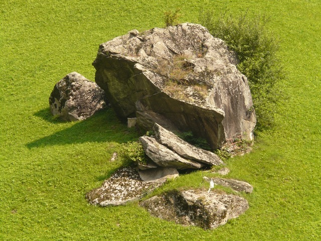 stone-598_640.jpg