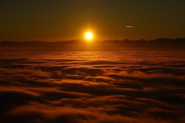 sunrise-1959227_640.jpg