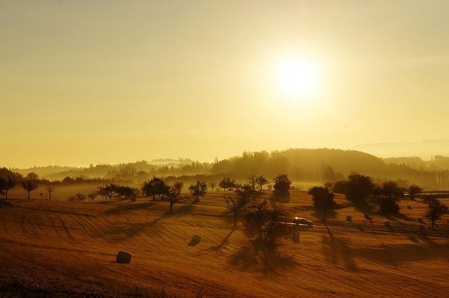 sunrise-73074_640.jpg