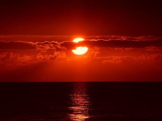 sunset-205717_640.jpg