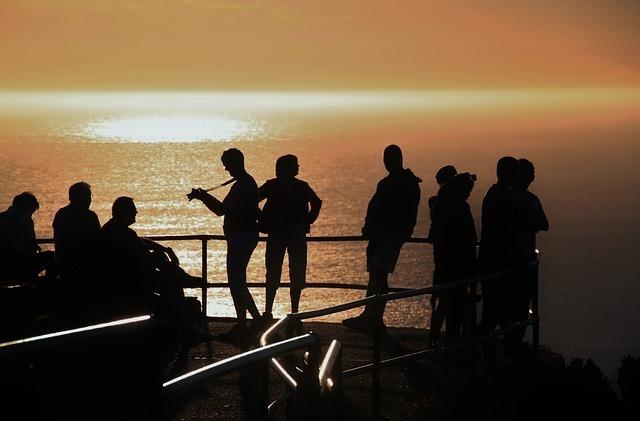 sunset-242713_640.jpg