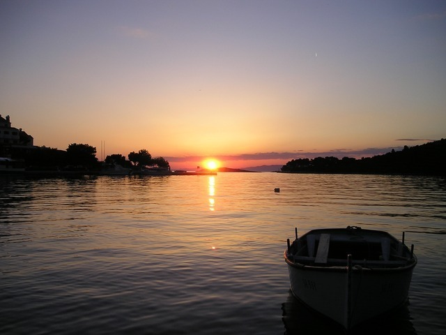 sunset-552_640.jpg