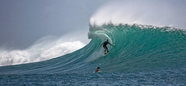 surfer-2193859_640.jpg