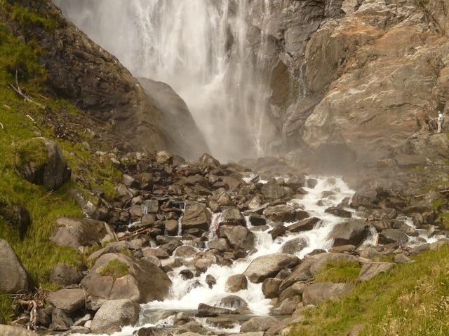 water-613_640.jpg